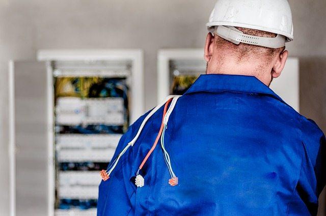 Emergency Electrician Service in Houston